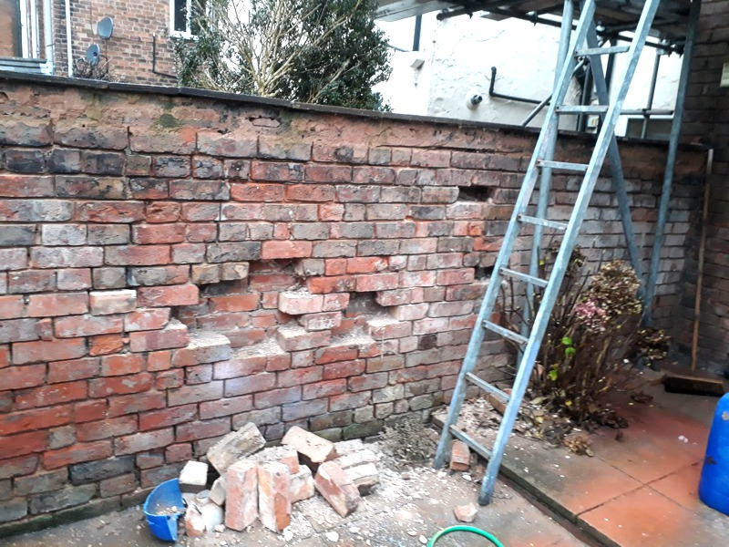 Chester Wall Repairs, Cleaning, Pointing